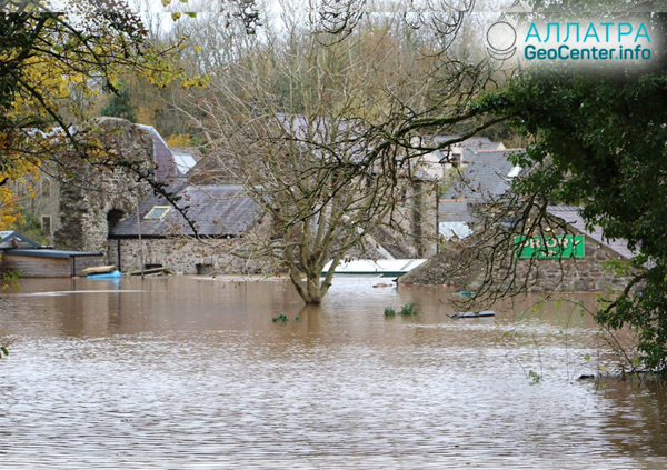 Наводнение в Уэльсе (Великобритания), ноябрь 2018 г.