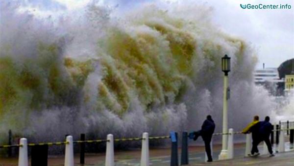 Тайфун «Майндулл» с мощью обрушился на Японию, август 2016
