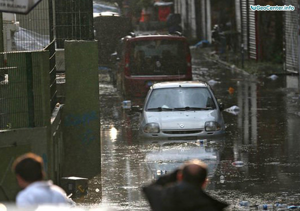 Последствия сильного ливня в Украине, июль 2017 года