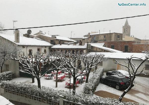 В г. Барселона впервые за 5 лет выпал снег, февраль 2018 г.