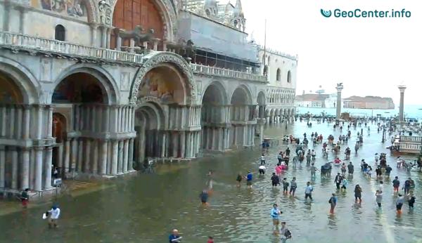 Рекордный уровень «Высокой воды» в Венеции