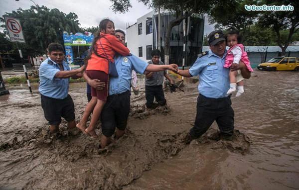 Ливни и наводнения в Перу, март 2017 года
