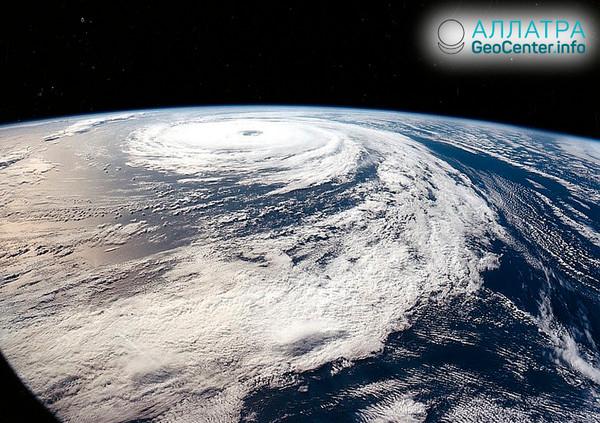 Ураган «Флоренс» приближается к США, сентябрь 2018