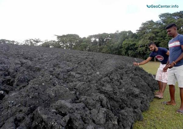 """Грязевое извержение """"Древесного Дьявола"""" на острове Тринидад, февраль 2018 г."""