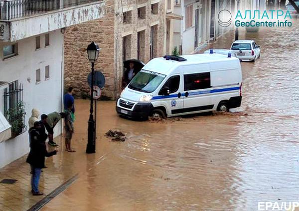Последствия наводнения в Греции, октябрь 2018