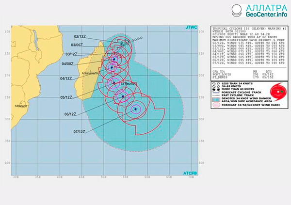 В Индийском океане сформировался тропический циклон Думазиле, март 2018 г.