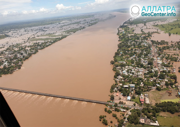 Катастрофические наводнения в странах Азии, август 2020