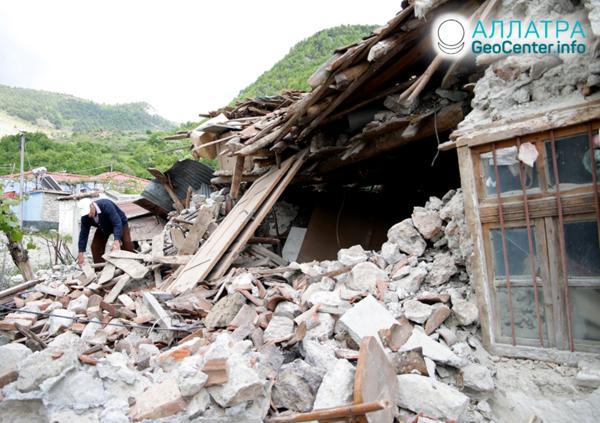 Крупное землетрясение в Албании, июнь 2019