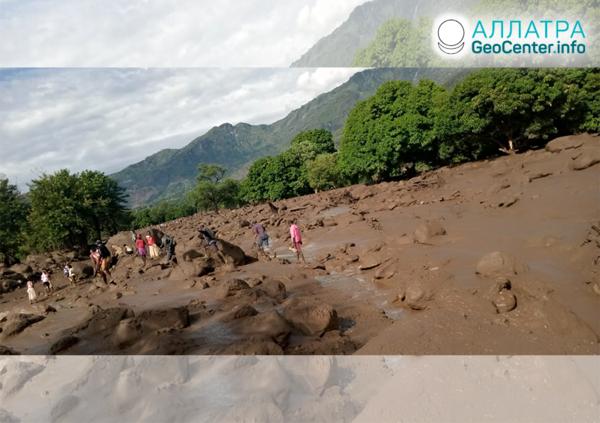 Масштабные наводнения и оползни в Кении, апрель 2020