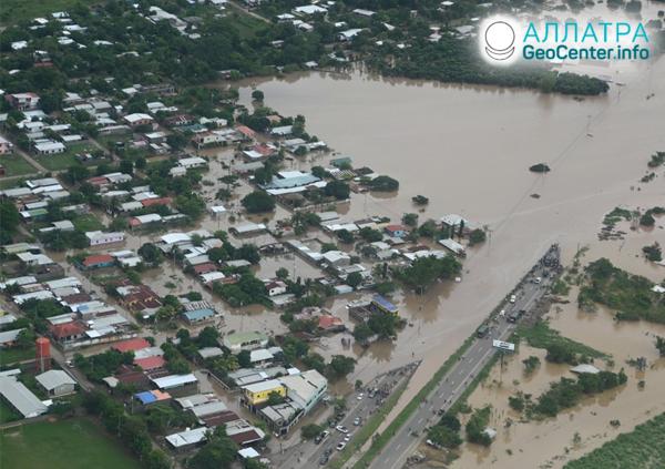 """Neskrotný hurikán """"Iota"""", november 2020"""