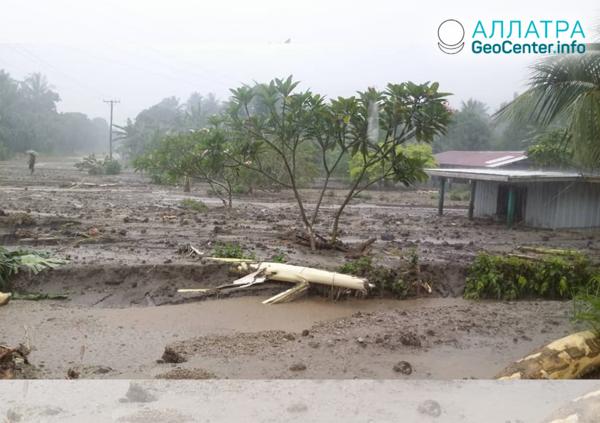 Záplavy a zosuv v Papue-Novej Guinei, február 2019