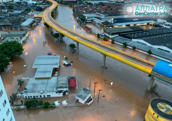 Záplavy azosuvy vBrazílii, marec 2019