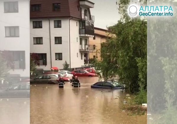 Наводнение и смерч в Румынии, май 2019