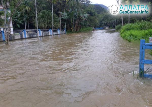 Наводнение в Индонезии, март 2020
