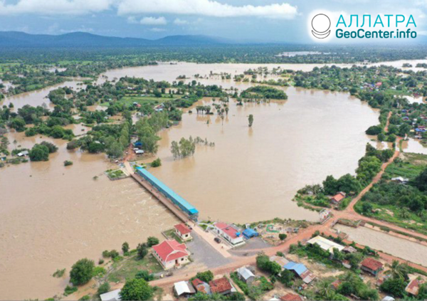 Záplavy a zosuvy, začiatok októbra 2020