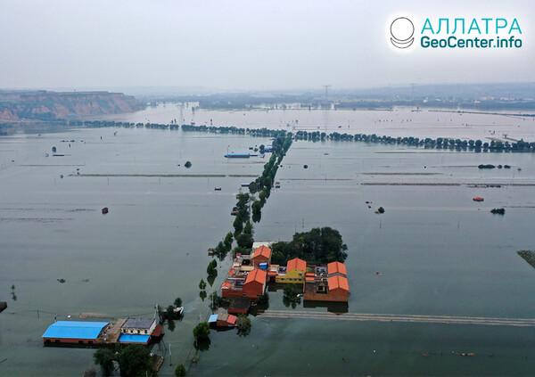 Záplavy a zosuvy na začiatku októbra 2021
