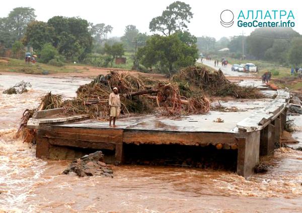Наводнения в Южной Африке, апрель 2019