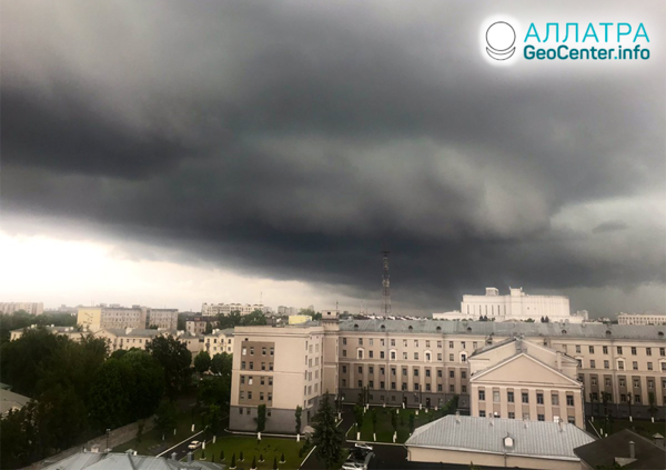 Nečas v Minsku: smršť a lejak, máj 2019