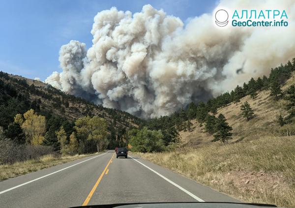 Neutíchajúce lesné požiare, október 2020