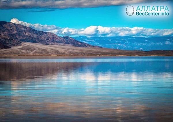 Nové jazero na najsuchšom mieste USA, marec 2019