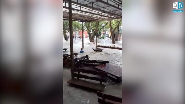 Потоп в Геленджике, Россия, 27 июля 2019. КЛИМАТ ГЛАЗАМИ ОЧЕВИДЦЕВ