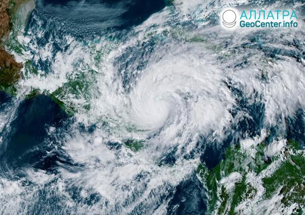 "Ničivý hurikán ""Eta"", november 2020"