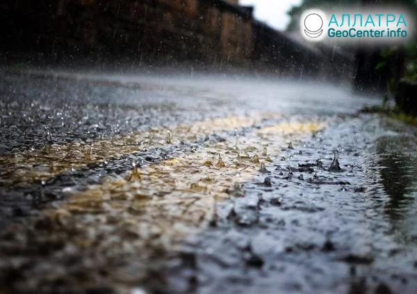 Самый дождливый март в Индии