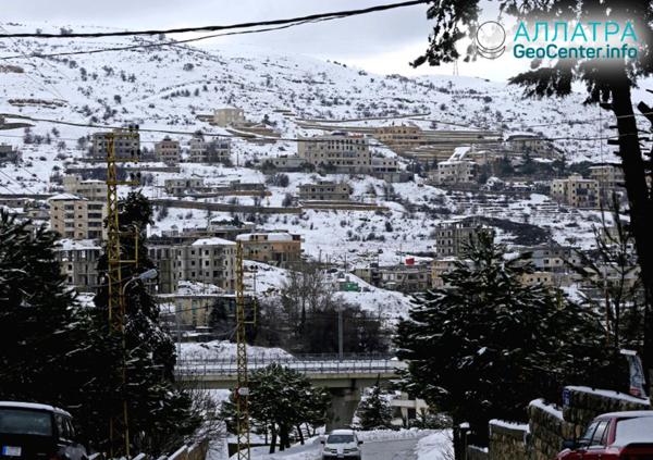 Zasnežená zima v Libanone, január 2019