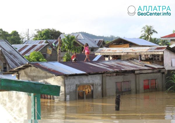 """Тропический циклон """"Самюэль"""" на Филиппинах, ноябрь 2018"""